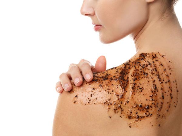 Le gommage : étape importante pour la peau